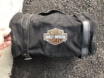 Harley Davidson duffle bag with pockets for Sale in Prineville,  OR
