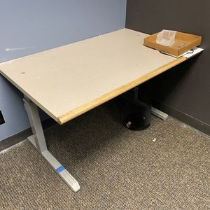 Office Desks for Sale in Vancouver, WA