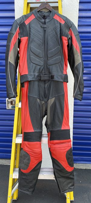 Leather Motorcycle Motorbike Suit Jacket Pants Impact Pads 2 Piece Adult Size 40 for Sale in San Diego, CA
