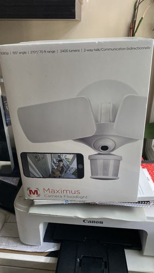 Motion activated flood light security camera for Sale in Lowell, MA
