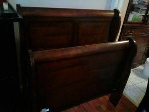 Twin bed like new dark brown color for Sale in San Francisco, CA