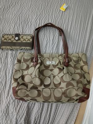 Coach purse & Wallett for Sale in Canton, TX