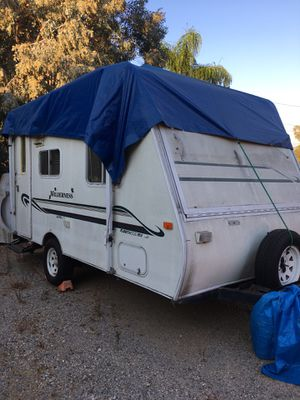 2000 14' fleetwood wilderness ultra light pop out for Sale in Jamul, CA