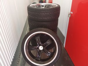 """5 22"""" rims with new tires for Sale in Vancouver, WA"""