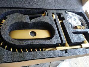 Wenken. Single lever kitchen faucet (new ) for Sale in Las Vegas, NV