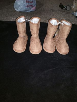Girls tan boots sz 12 & 13 for Sale in Fenton, MO