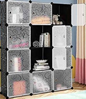 12 Cube Portable Closet Storage Organizer W / Doors for Sale in Ontario, CA