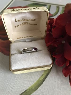14K White gold Bonded ring Sz8 for Sale in Wood Dale, IL