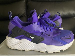 Nike huraches size 9 for Sale in Baltimore, MD
