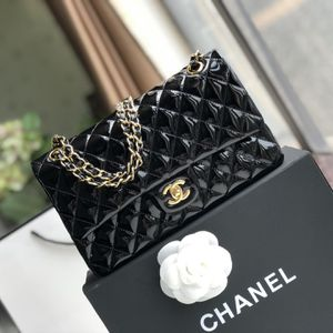 Chanel Flap Bag for Sale in Orlando, FL