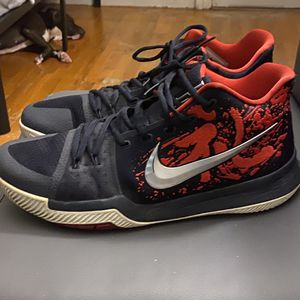 KYRIE 3 SAMURAI for Sale in Chico, CA