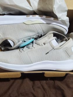 Women Sneakers for Sale in Tornillo,  TX