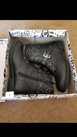 Girls Brash Combat Boots [Size 5] for Sale in La Verne, CA