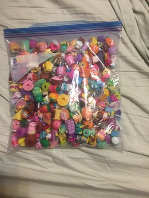 Ziplock full of shopkins for Sale in St. Louis, MO