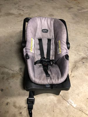 Car seat for Sale in Ada, OH