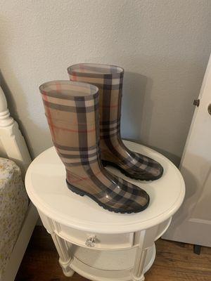 Women's Burberry rain boots sz 41 for Sale in Tacoma, WA