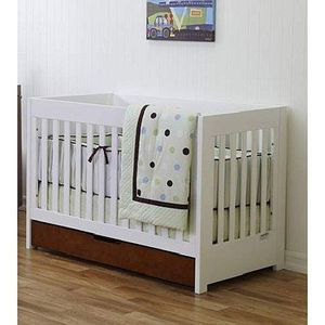 3-in-1 Baby Convertible Crib Amber and White for Sale in Brooktondale, NY