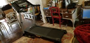 Gold's Gym treadmill. for Sale in Keller, TX
