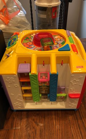 Fisher Price blocks and blocks holder for Sale in Los Angeles, CA