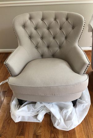 1 Arm Chair/Accent Chair for Sale in Gaithersburg, MD