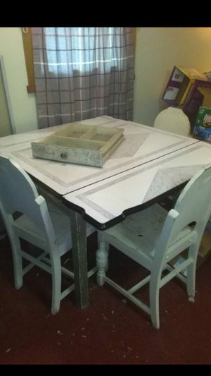 Antique table and 3 original chairs $175 for Sale in Hammonton, NJ