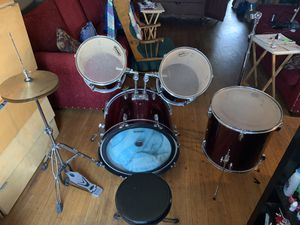 Pacific 4 piece drum set for Sale in Los Angeles, CA