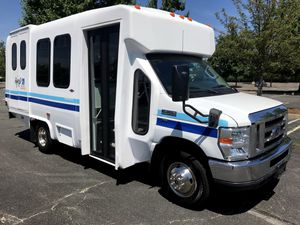 2011 Ford E-350 Diamond Wheelchair Shuttle Bus (A4935) for Sale in Gibsonia, PA
