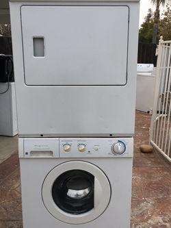 Stackable Washer And (Gas) Dryer Set for Sale in Fresno,  CA
