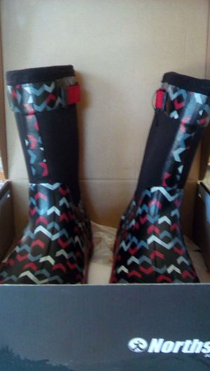 North side rain boots size 7 boys for Sale in Sunnyvale, CA