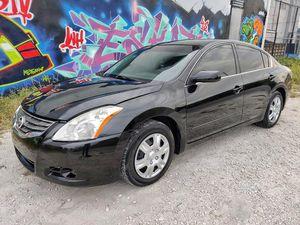 2012 Nissan Altima 150k $3900 for Sale in Miami, FL