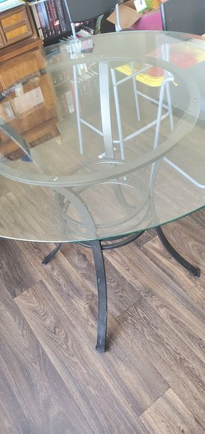 Kitchen table and 3 chairs for Sale in Tacoma, WA