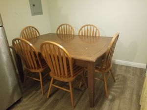 Dining room table and chairs for Sale in Phoenix, AZ