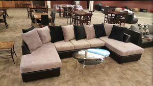 Plush couch! for Sale in Phoenix, AZ