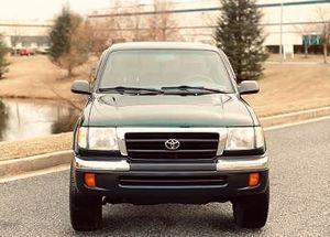 Toyota Tacoma 2000 2-Door 3.4 liters for Sale in Pasadena, CA