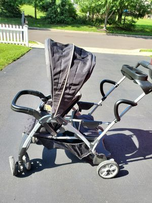 Graco ready to grow light weight stroller with car seat for Sale in Newtown, PA