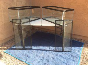 (2) 50 gallon fish/reptile tanks with screens for Sale in Laveen Village, AZ