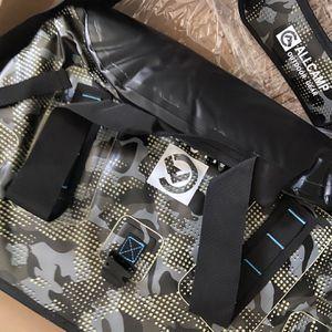 Airtight Cooler Bag Camo for Sale in Santa Ana, CA