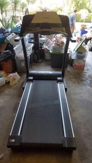 R65 health Rider Tread Mill for Sale in West Covina, CA
