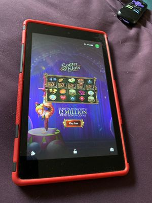 Fire 8 hd amazon tablet with case for Sale in Tempe, AZ