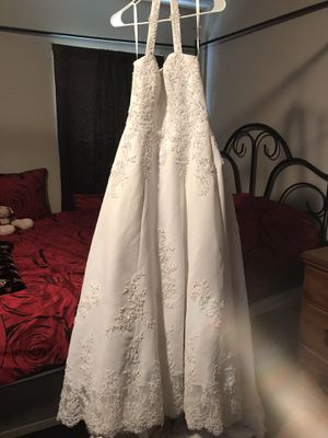 David's bridal wedding dress reduced again for Sale in Murfreesboro, TN