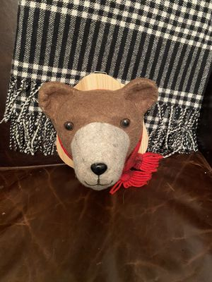 Mounted Stuffed animal winter bear head for Sale in Chicago, IL
