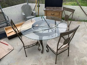 Eloquent table for Sale in San Diego, CA