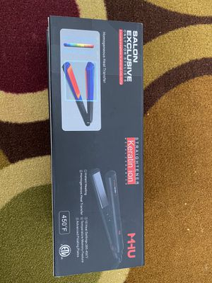 Excellent quality hair straightener and curler. for Sale in Atlanta, GA