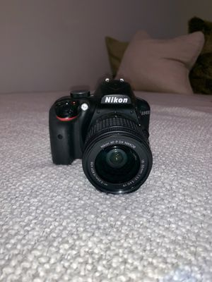 D3400 Nikon Camera with AF-P lenses and charger for Sale in Sacramento, CA