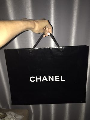 CHANEL shopping bag ONLY for Sale in Gulf Stream, FL