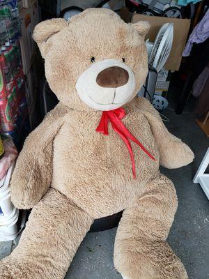 Giant teddy bear for Sale in Lake Elsinore, CA