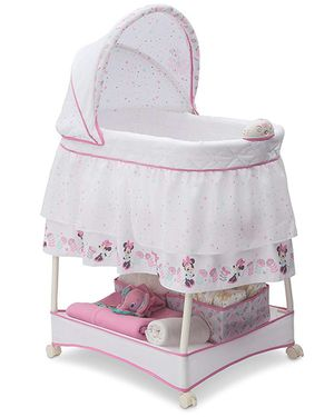 Disney Minnie Mouse Boutique Gliding Bassinet. for Sale in Downey, CA