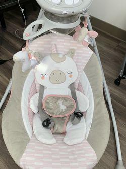 Ingenuity Unicorn Baby Swing for Sale in San Diego,  CA