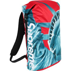 supreme the northface bag brand new for Sale in Independence, KS