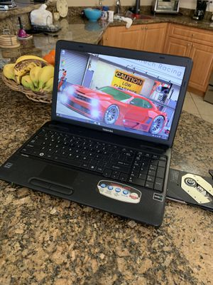 "Toshiba 15.6"" Laptop windows 10 Microsoft Office 2016, 4gb for Sale in Hialeah, FL"